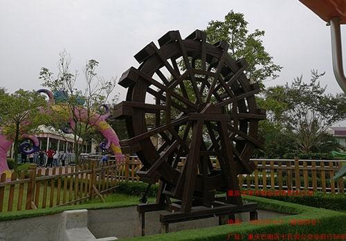 湖南万福温泉防腐木工程