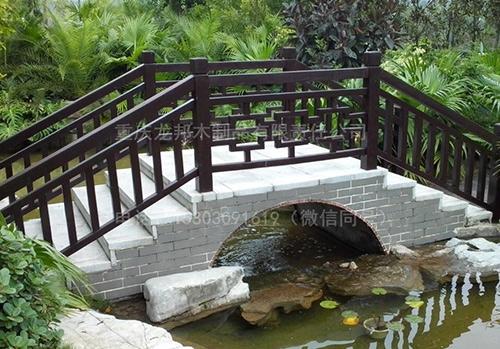 防腐木拱门